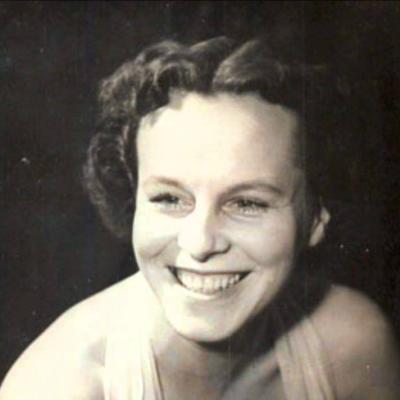 Гелена Великанова
