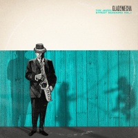 Glad2Mecha - Get Up ft. Realistic, Glad & Rhythmatic
