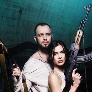Елена Темникова и ST выпустили клип «Сумасшедший русский»