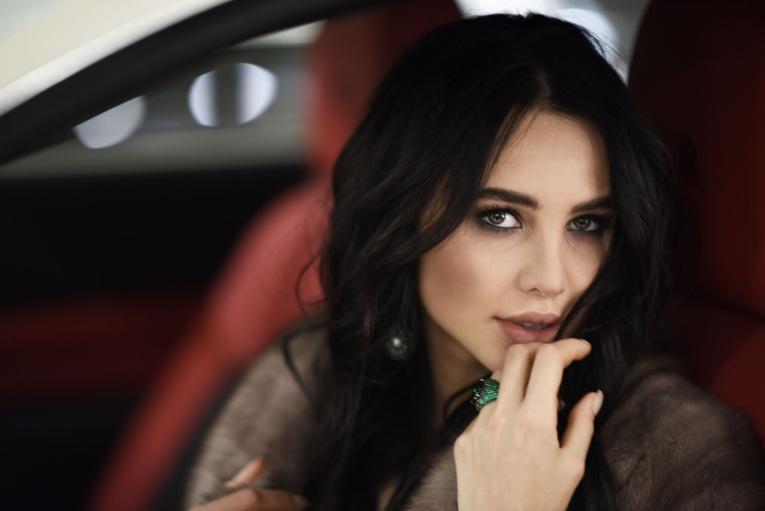 Девушка Тимати Анастасия Решетова выпустила книгу о красоте