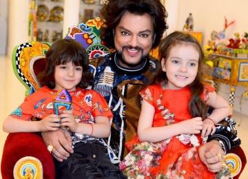 Дети Филиппа Киркорова впервые выступили на большой сцене