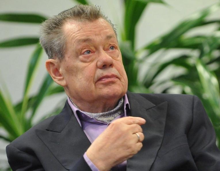 Николая Караченцова экстренно госпитализировали