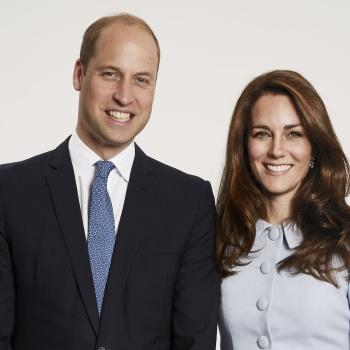 Принц Уильям и Кейт Миддлтон опубликовали семейную рождественскую открытку