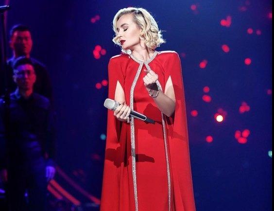 Полина Гагарина покоряет китайское музыкальное шоу