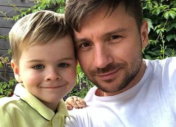 Почему Сергей Лазарев не снял сына в клипе?