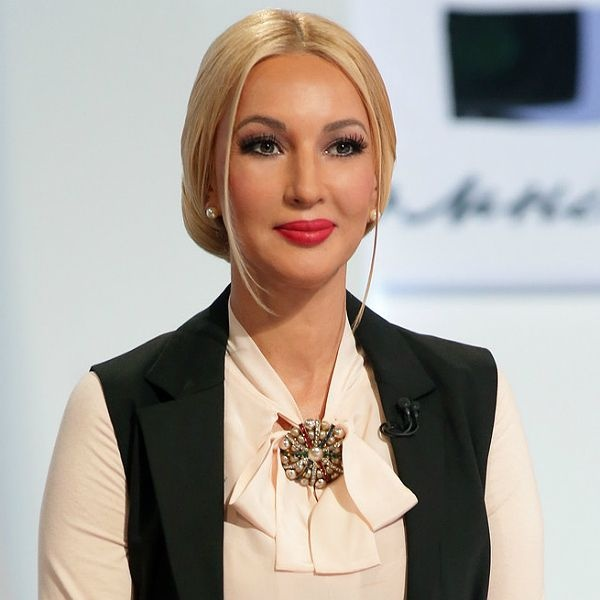 Лера Кудрявцева показала первые шаги дочки