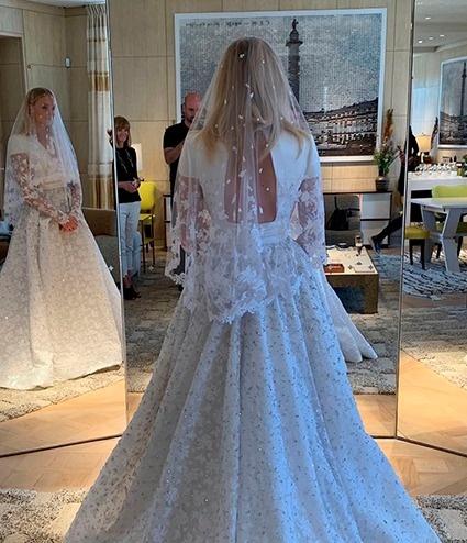 Каким было свадебное платье Софи Тернер?