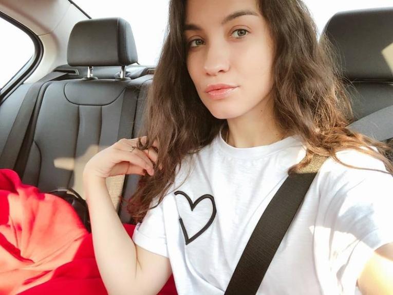 Виктория Дайнеко показала себя без макияжа